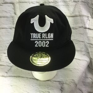 True religion 2002 Black Hat fitted
